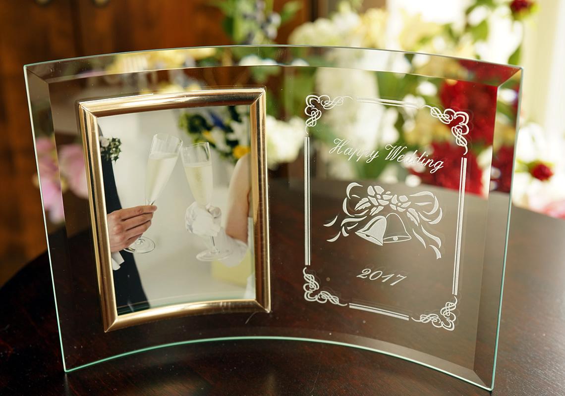 結婚祝いの写真立て